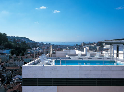 Nh hotels blog beat the heat this summer and enjoy these - Hotels in lisbon portugal with swimming pool ...